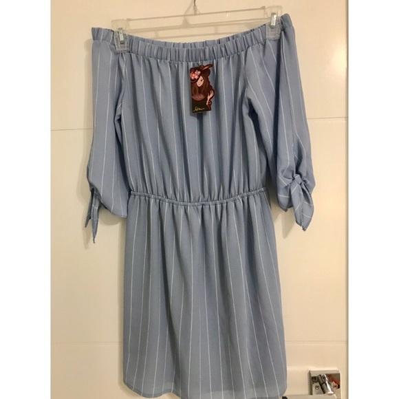 f4fbd048b381 Light blue and white striped off-shoulder dress
